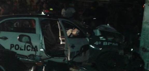 Viatura da PM< envolvida em acidente durante perseguição