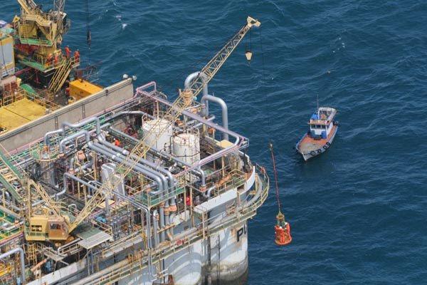 Exploração de petróleo no mar é vista por analistas como oportunidade para alavancar produção