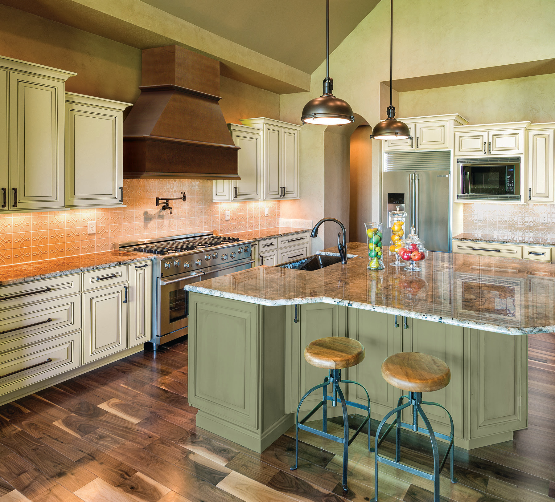 New Paint Colors Bring High-Fashion Home to Kitchen ...