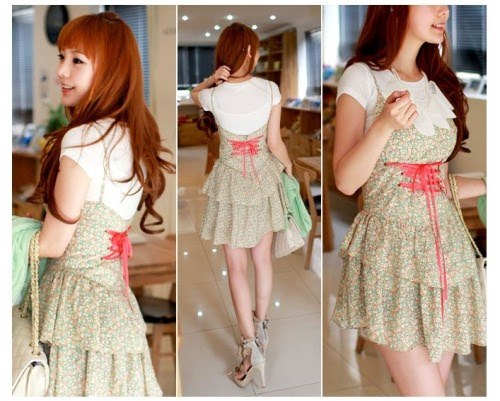 Beautiful flower print dress from Korea.