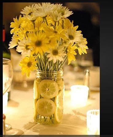 17 Best ideas about Daisy Centerpieces on Pinterest