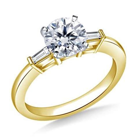 1.00 ct. tw. Round Diamond Engagement Ring with Tapered