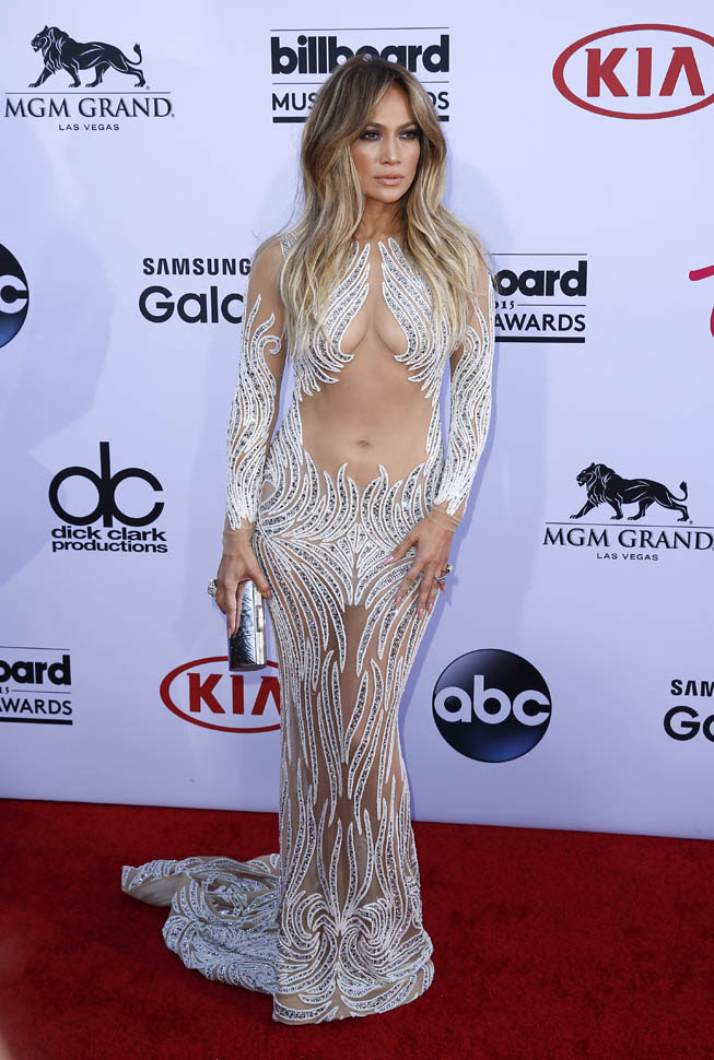 http://photos.laineygossip.com/articles/jlo-billboard-2015-18may15-06.jpg