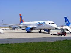 Viking Hellas Airlines Airbus A320-231 SX-SMU,...