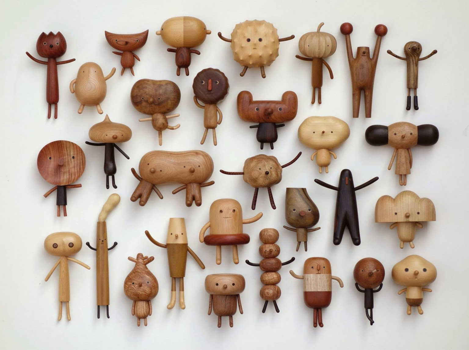 personaggi di legno