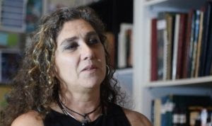 Diretora de 'Que Horas Ela Volta?' dedica prêmio a Lula e Dilma