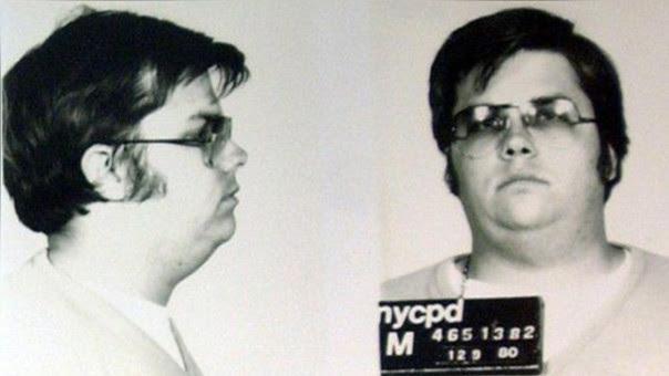 Mark David Chapman es un recluso estadounidense, sentenciado por el asesinato del músico y exmiembro de The Beatles, John Lennon, el 8 de diciembre de 1980.