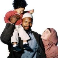 """Jornalista relata que """"famílias inteiras estão se convertendo ao Evangelho"""" na Arábia Saudita"""