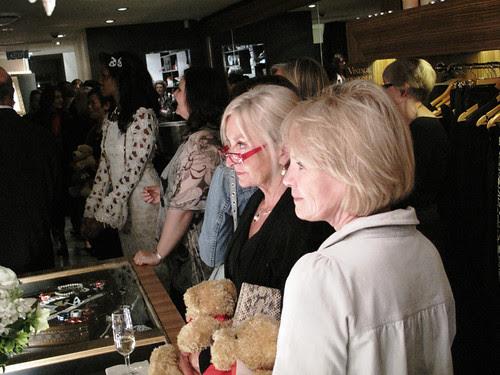 Auction watchers