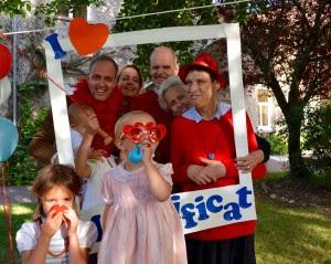 La famille de France à l'anniversaire de l'Arche avec la princesse Blanche