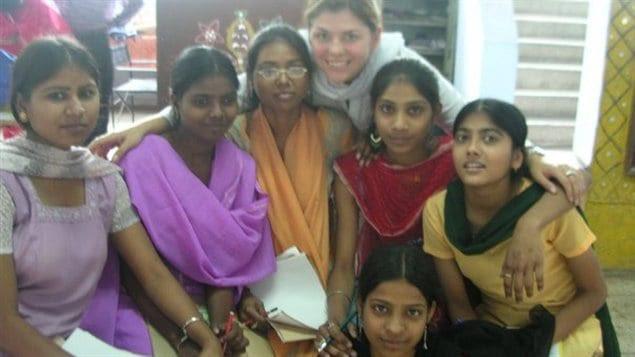 Fem International trabaja con las mujeres y para las mujeres. La idéa es empoderarlas para que creen sus propias oportunidades.