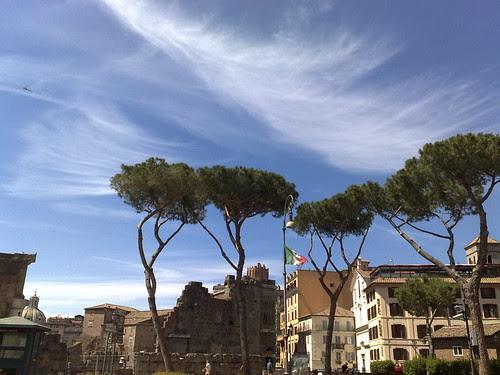 Roma sotto tulle di nuvole by durishti