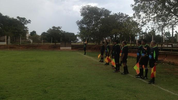 Árbitros do Tocantins passaram por testes físicos e uma prova escrita (Foto: Cyntia Miranda/GloboEsporte.com)