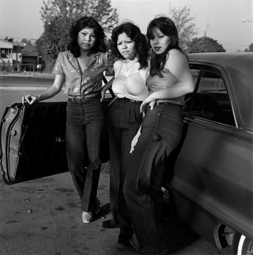 sisterwolf:  East L.A. Girls - Janette Beckman