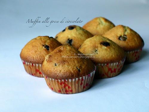Muffin dolci con gocce di cioccolato