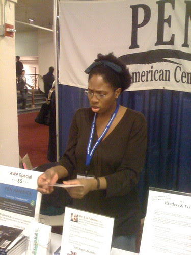 Stacey Leigh at the PEN table