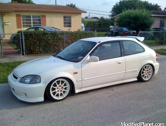 2000 Honda Civic With Jdm Ctr Conversion And Integra Type R Wheels