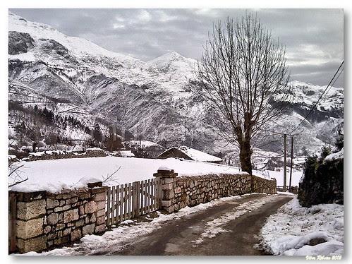 Alles (Asturias) by VRfoto