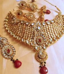 heavy kundan jewellery sets