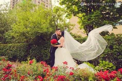 Toronto Wedding Photography by Toronto Wedding