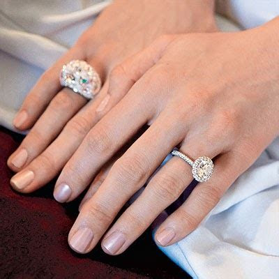 Cheap Celebrity Engagement Rings: Ring on Jewelry