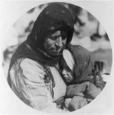 Μανα και κορη στο καταυλισμο στη Θεσσαλονικη - 1923