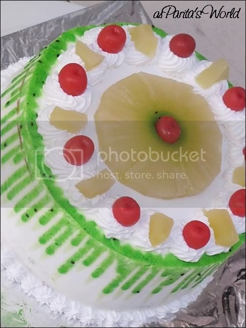Pineapple Kiwi Fresh Cream Cake