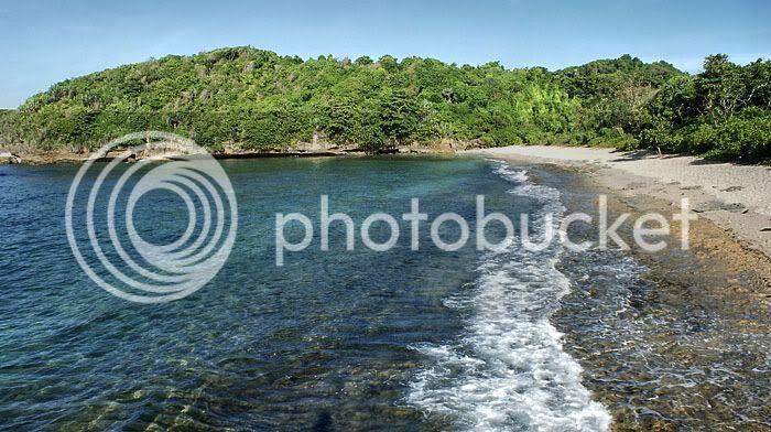 Pantai Yang Bersih Dan Air Laut Yang Bening