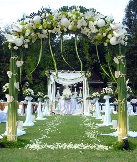 Wallpaper Backgrounds: Different Styles of Wedding Stages