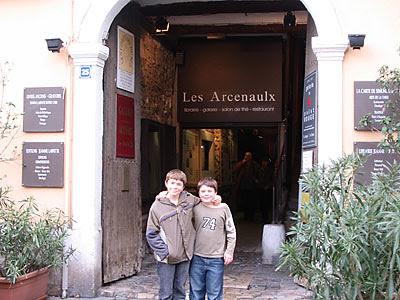 Les Arcenaulx