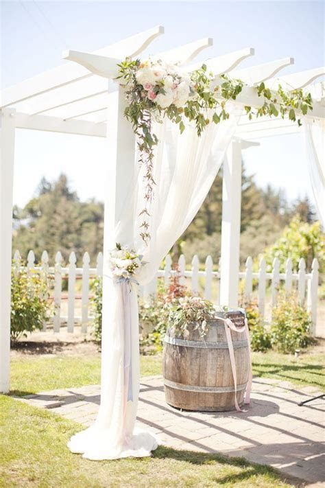 Elegant Wedding Ideas with Classic Charm   Rustic Wedding