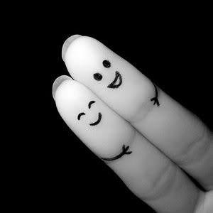 finger_couple