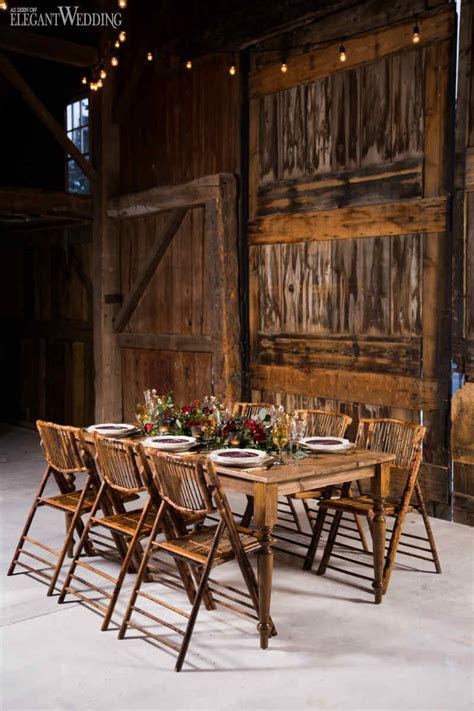 Rustic Burgundy Barn Wedding   ElegantWedding.ca