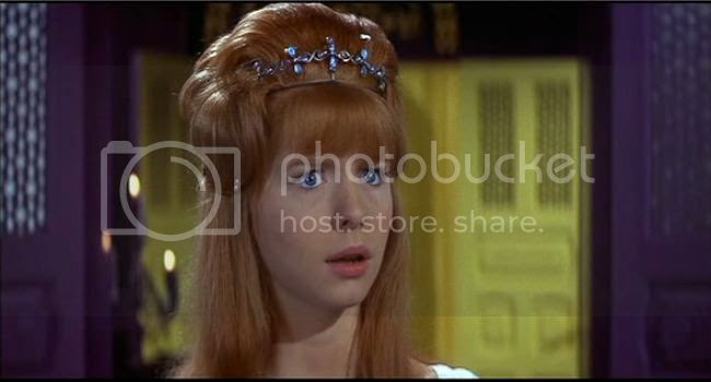 photo Jane_Asher_mort_rouge-2.jpg