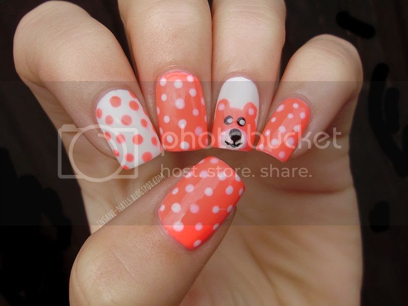 photo polka_dots_manicure_1_zps1b9f1cfd.jpg