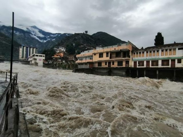 Swat river in high flood at Khyali