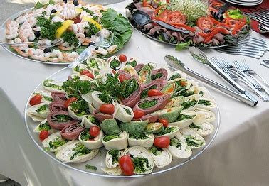 Wedding Reception Food: Deciding what to serve at your