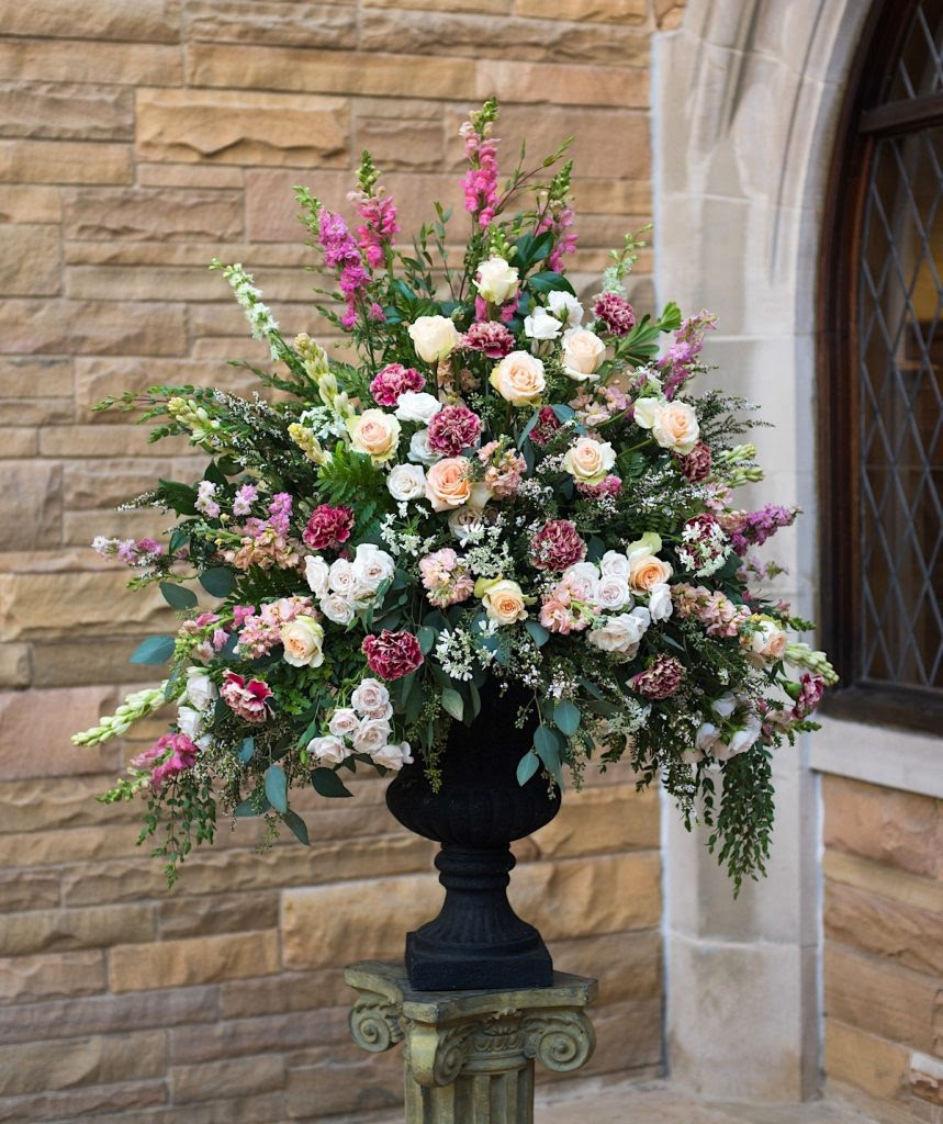 Best Contemporary Christmas Flower Arrangements Christmas Celebration All About Christmas