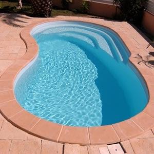 B timent brique piscine pas cher coque for Acheter une piscine pas cher