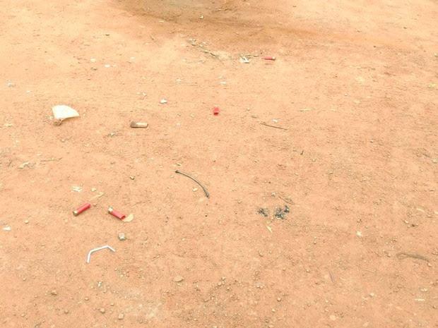 Vários tiros foram disparados contra vítimas na manhã desta quarta-feira (Foto: Felipe Luiz/ Blog do Sigi Vilares)