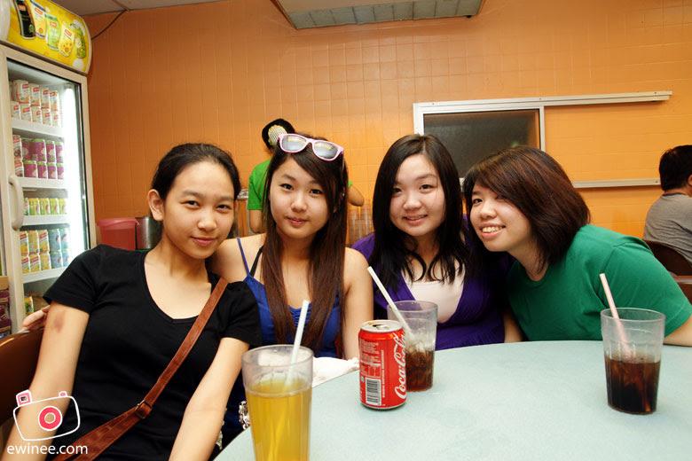 Pork-noodles-ss15-girls