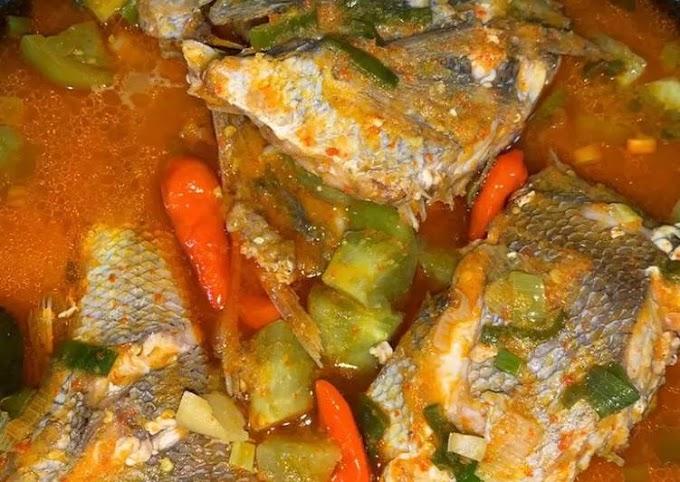 Resep Mudah Ikan Ekor Kuning Bumbu Kuning Lezat