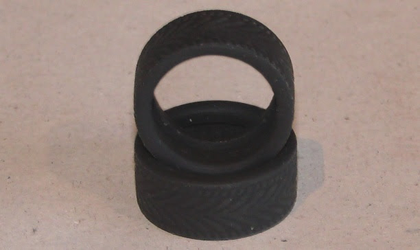 MAX Grip tyres for Carrera slot cars