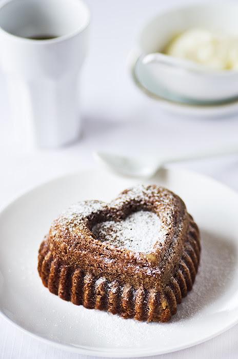 09_11---Pumpkin-&-Walnut-Cake