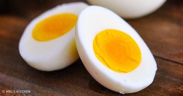 Hãy thử ăn trứng luộc trong vòng 2 tuần, bạn sẽ giảm cân hiệu quả. Ảnh: Mels Kitchen.