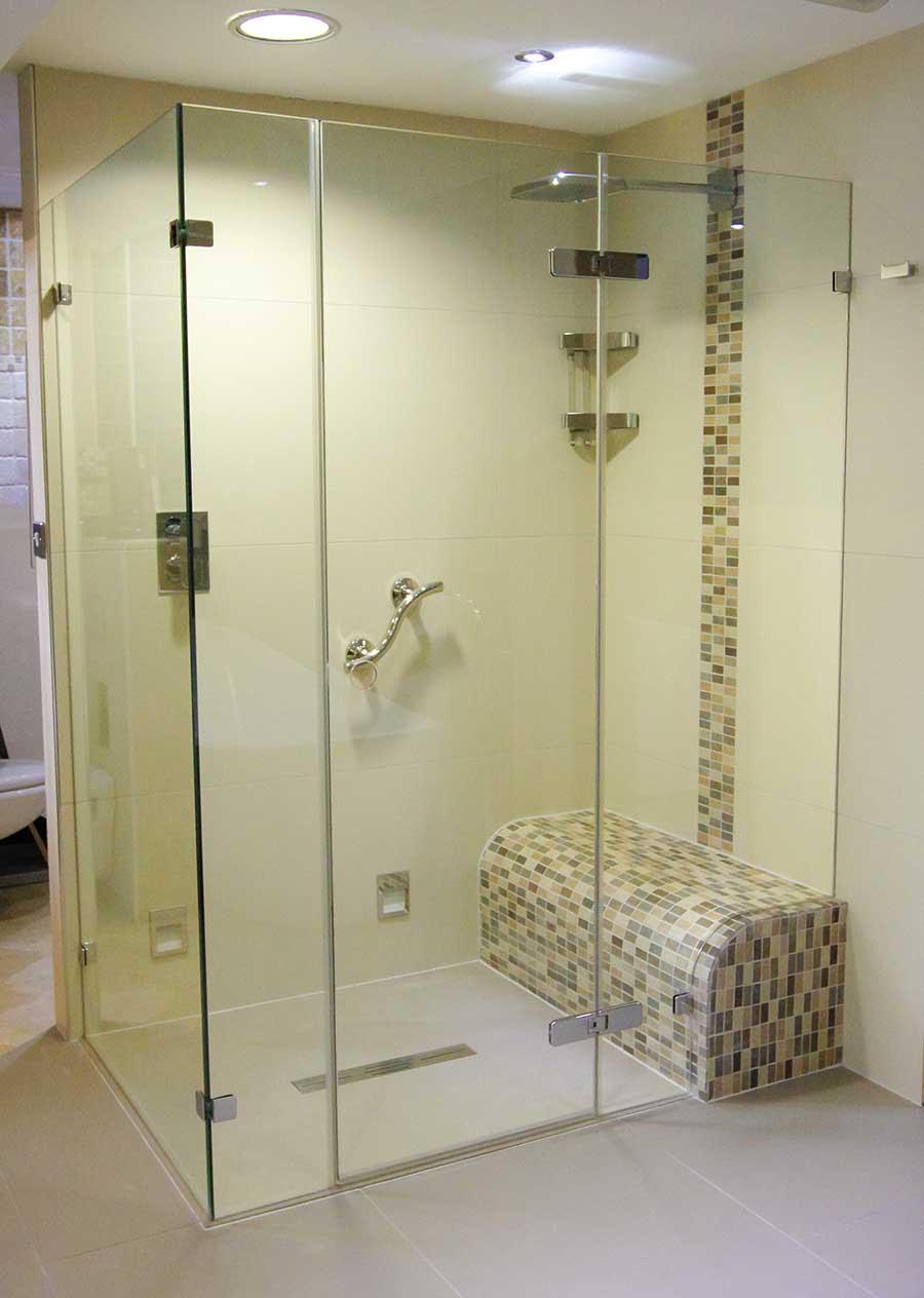 shower room stasiun gambir