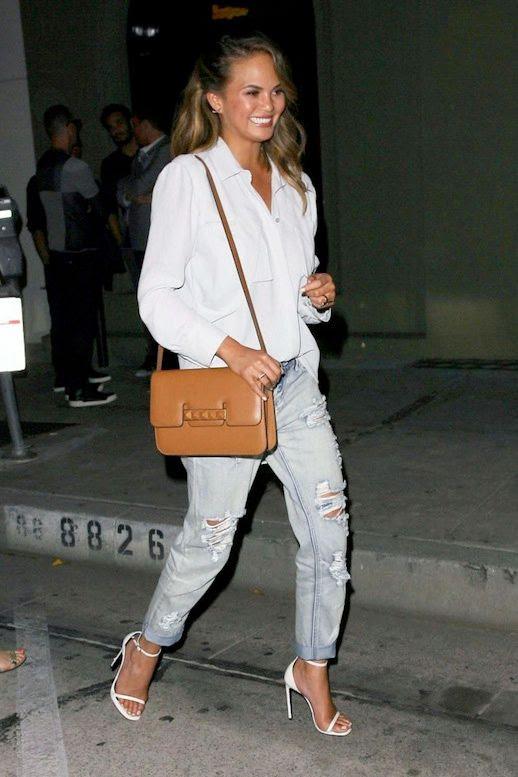 5 Le Fashion Blog 11 Chrissy Teigen Looks Button Down Distressed Boyfriend Jeans photo 5-Le-Fashion-Blog-11-Chrissy-Teigen-Looks-Button-Down-Distressed-Boyfriend-Jeans.jpg