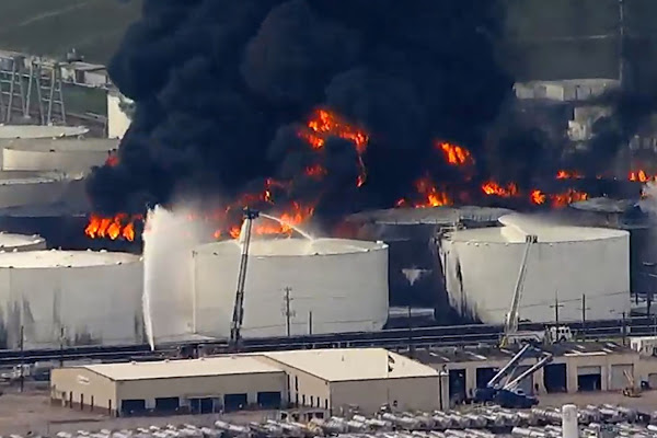 ad7080692 What we know about the chemicals burning in the tanks at the ITC plant in  Deer Park