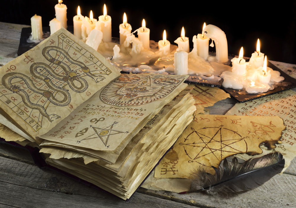 Risultati immagini per witchcraft