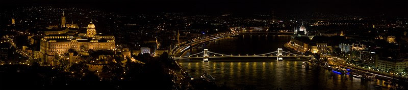 Dosya:Budapest from Gellert Hill MC.jpg